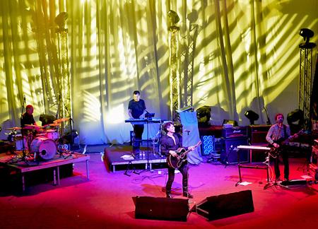 La tournée de Morten Harket a débuté + charts de l'album
